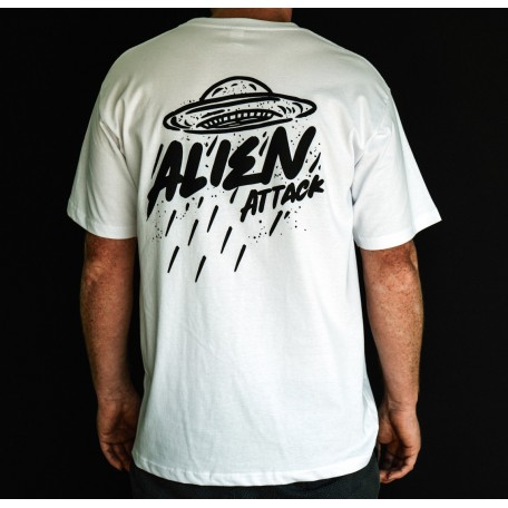 ********NEW******** ALIEN ATTACK Tee (WHITE)